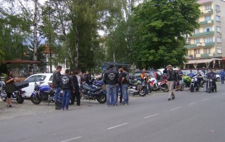 Протест на мотористи в Пирдоп