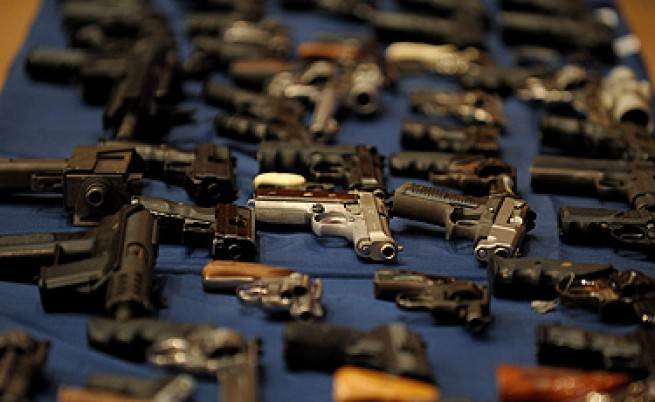Полицията иззе оръжие и боеприпаси в Златица и Пирдоп