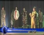 В Антон самодейци представиха постановката «Суматоха»