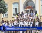 СУ-Златица изпрати своите абитуриенти