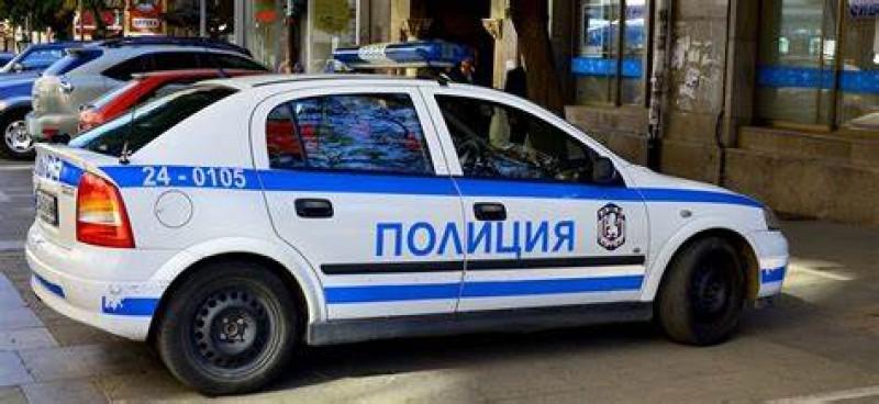 Полицейски екип иззе мотоциклет без регистрация